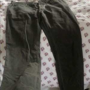 Carhart material distressed faherty pants